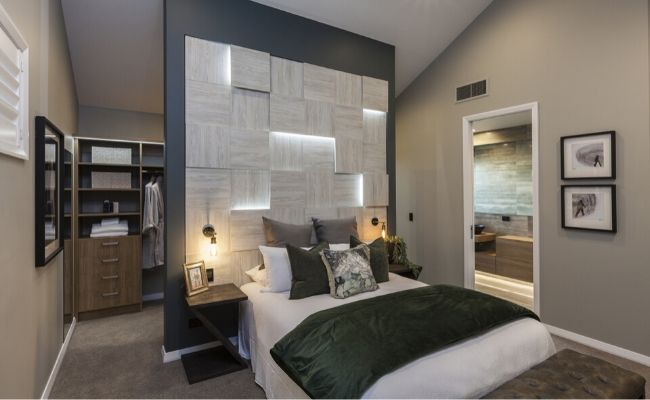 Hallmark Homes Lincoln Showhome Bedroom - Architectural Features for Your New Home